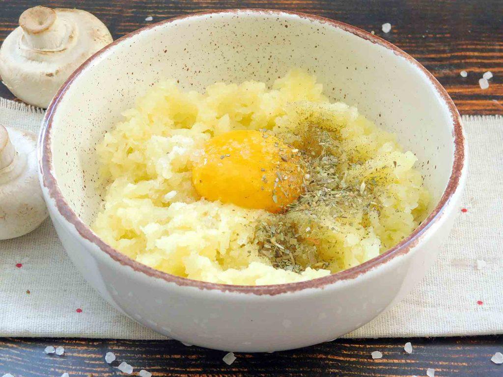 делаем картофельную основу для зраз